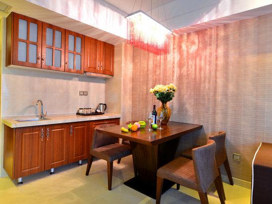 精品套房(二房一廳)廚房