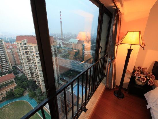 Garden-view Suite