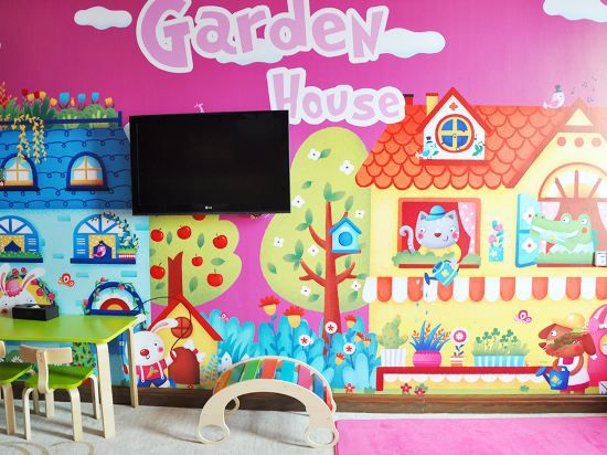Garden Cottage Family Thematic Room