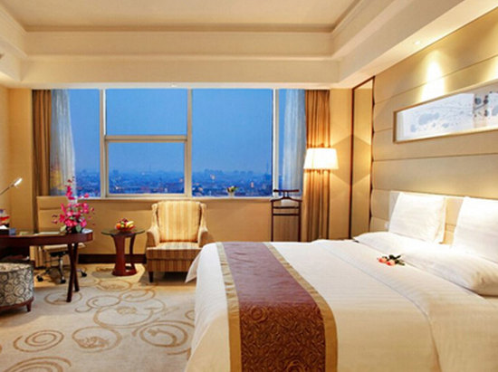 City-view Queen Room
