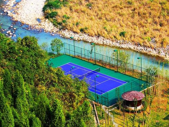 索溪网球场
