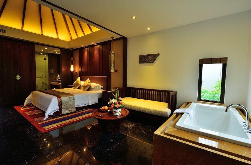 Delxue Queen Room