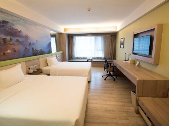 Wooden Standard Room