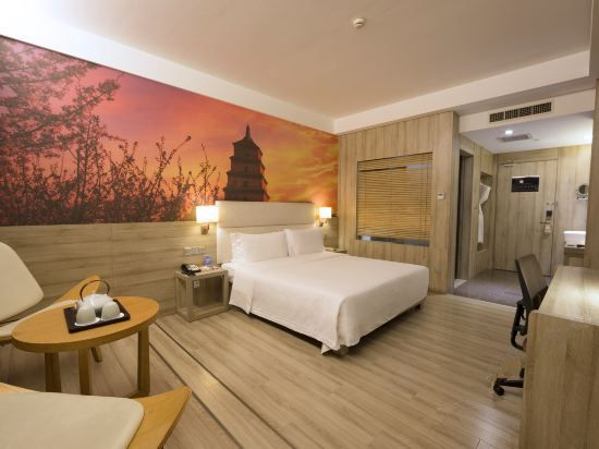 Wooden Twin Room