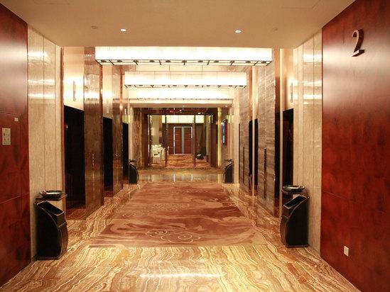 豪華電梯間
