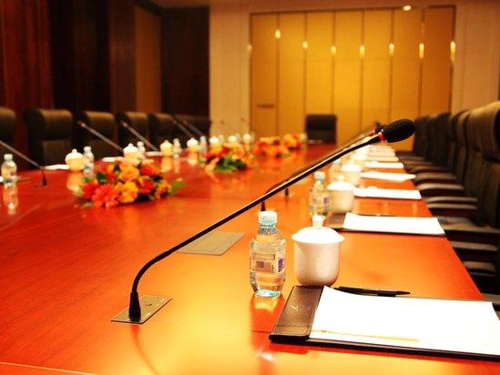 董事會桌型會議室