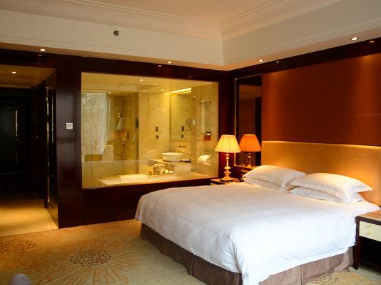 會賓樓豪華大床房