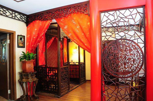 中式豪华蜜月房