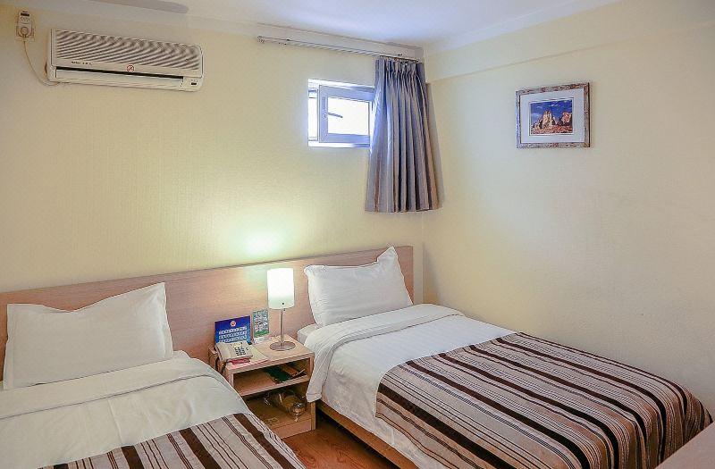 Standard Budget Twin Room