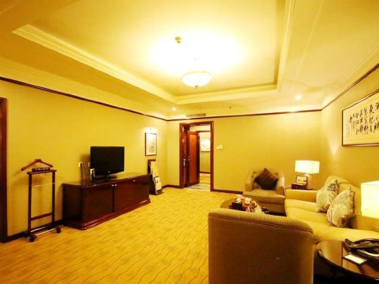 Superior Family Suite