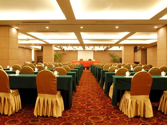 龙园厅会议室
