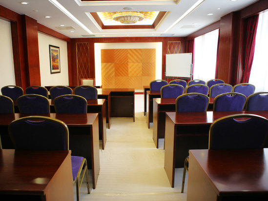 8层会议室