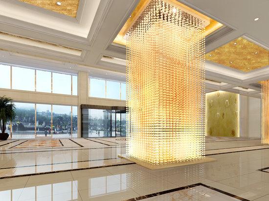 大廳水晶柱