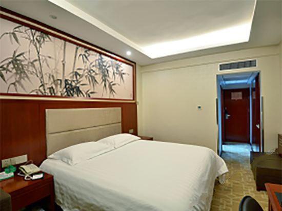 Superior Business Room