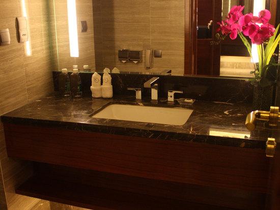 豪华客房洗手间