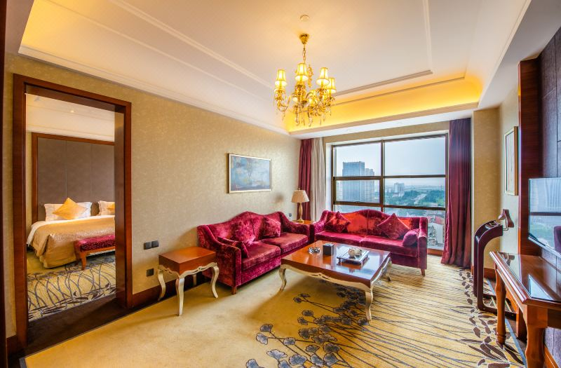 Executive  Deluxe  Queen Suite