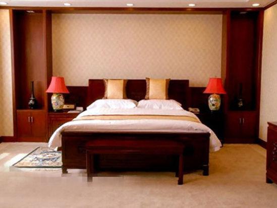 标准大床间