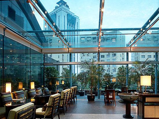 行政酒廊(玻璃屋)