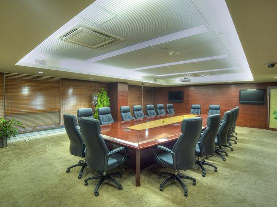 9楼会议室-董事桌
