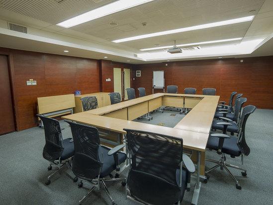 9楼会议室-多功能