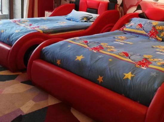卡通亲子双床房D