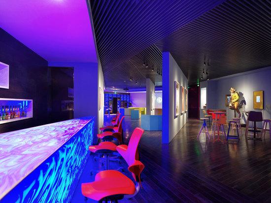 AP 艺术酒吧