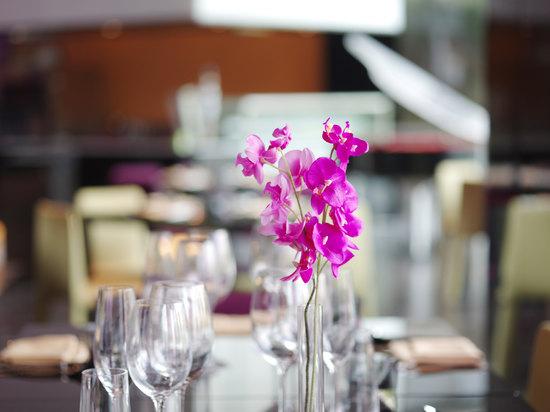 蝶兰自助餐厅
