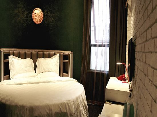 Selected Round-bed Room