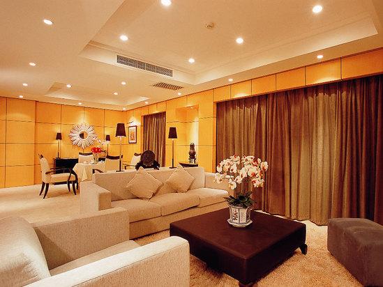 4 Room Suite