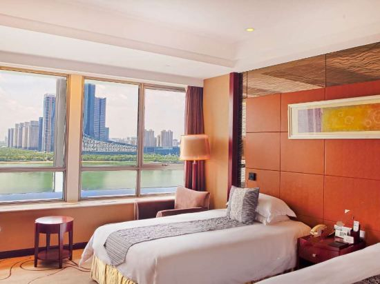 Executive Lake-view Standard Room