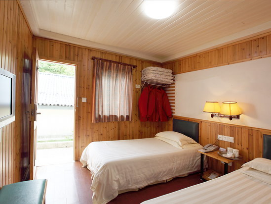Sunshine Wooden House Standard Room