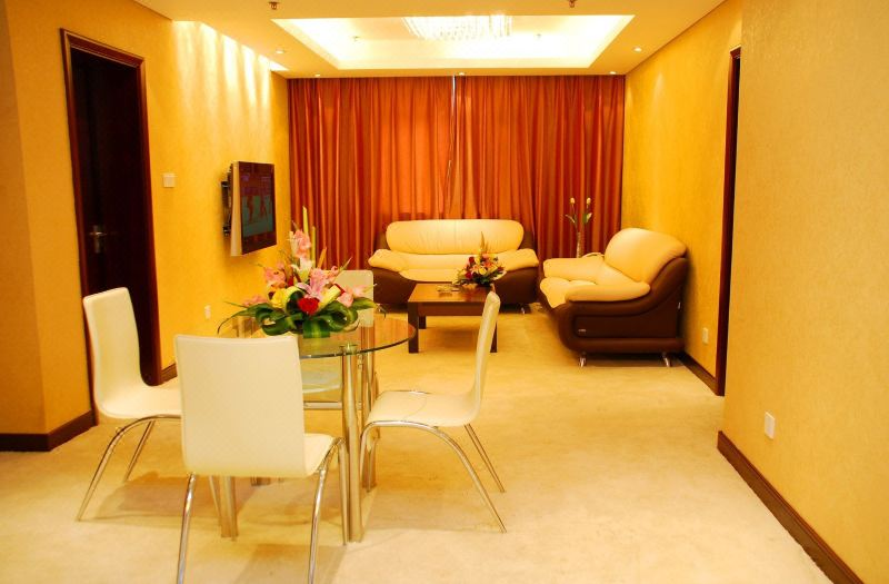 Minister Suite