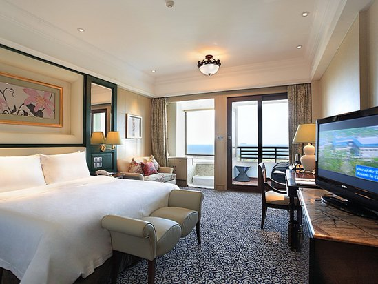 Ocean-view Queen Room