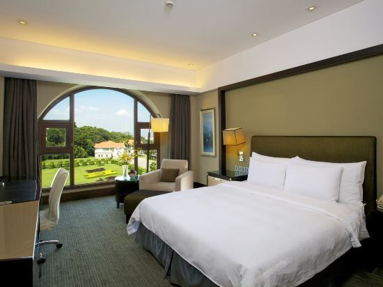 Xinyue Building Bay-view Garden Deluxe Room