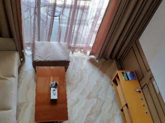 复式3D影视双床房