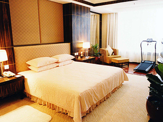 Street-view Executive Suite