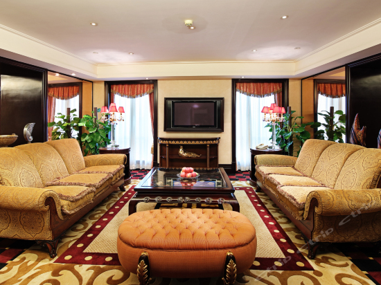 Presidential Suite