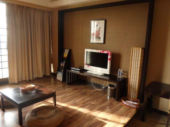 日式高級大床房(無窗)