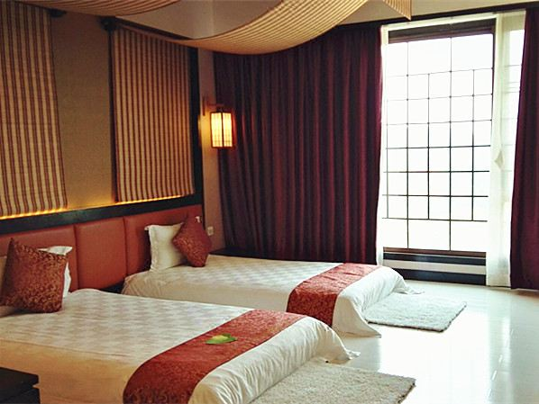 Japanese Deluxe Twin Room