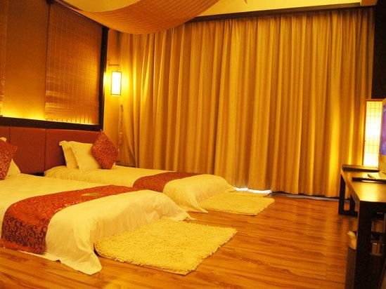 日式豪華雙床房