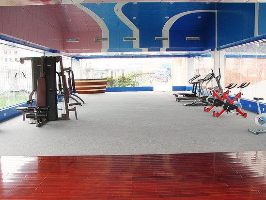 室外健身房