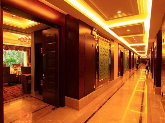 三樓南國會酒家走廊