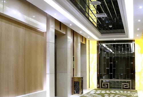 休闲层电梯间