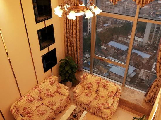 高级复式三卧套房