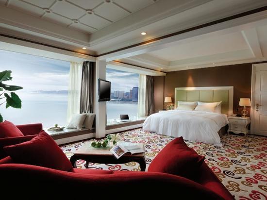 VIP villa Deluxe Ocean-view Room