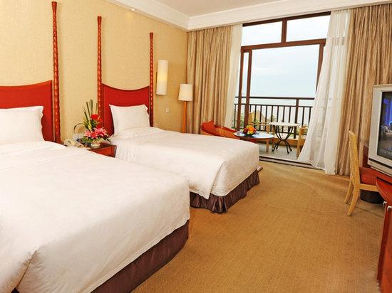 Standard Ocean-view Twin Room