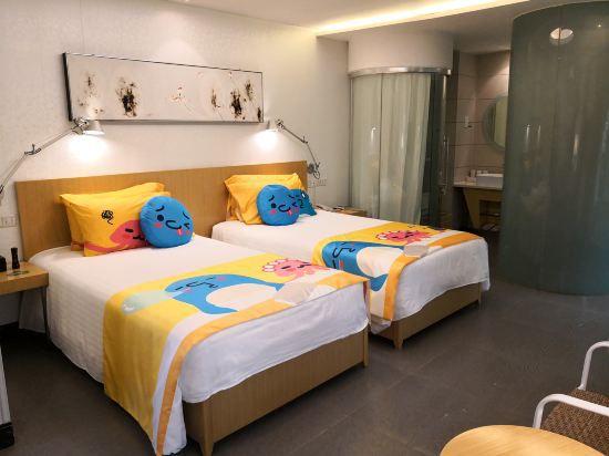 亲子主题双床房