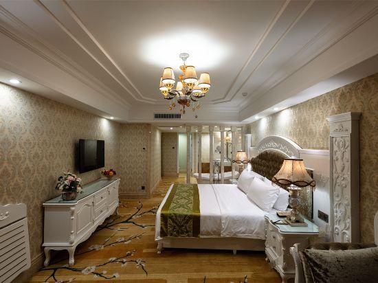 高雅湖景雙床房
