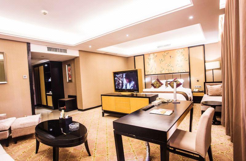 Fashion Suite
