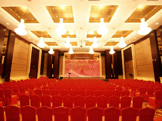 剧院式中华厅